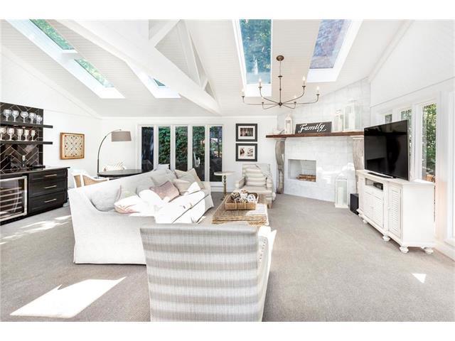 183 Lakeshore Street, Lake Quivira, KS 66217 (#2054223) :: Select Homes - Team Real Estate