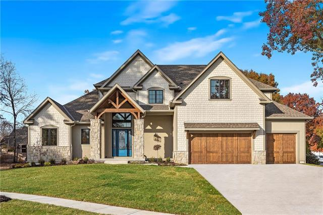 3902 W 102nd Terrace, Overland Park, KS 66206 (#2060346) :: Eric Craig Real Estate Team