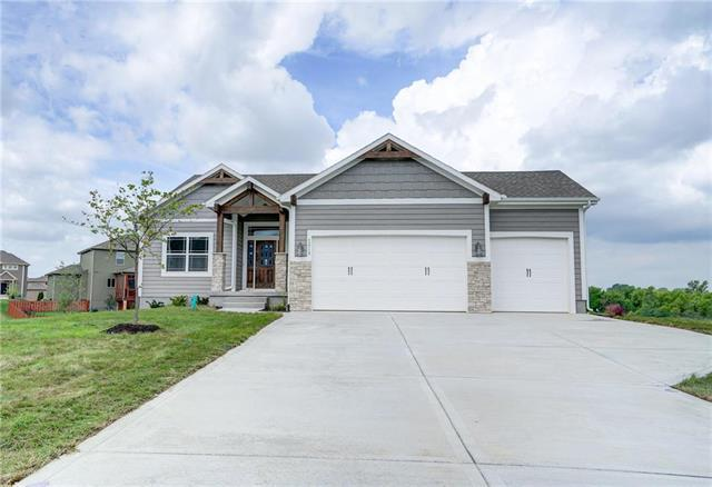 1213 Cothran Court, Raymore, MO 64083 (#2078754) :: Edie Waters Network