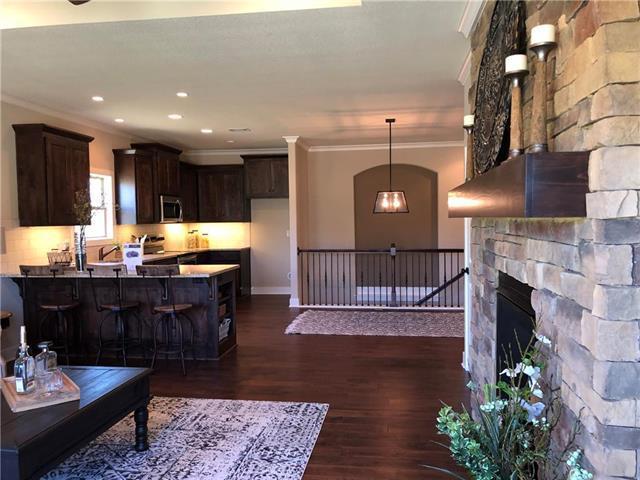 10017 N Oakland Avenue, Kansas City, MO 64157 (#2084472) :: Eric Craig Real Estate Team