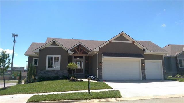 10503 W 132nd Court, Overland Park, KS 66213 (#2087777) :: The Shannon Lyon Group - ReeceNichols