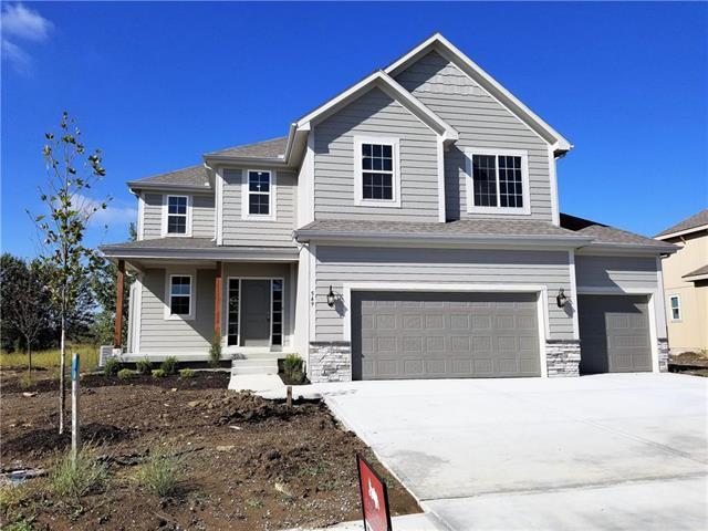 549 SE Colonial Drive, Blue Springs, MO 64014 (#2103623) :: Edie Waters Network