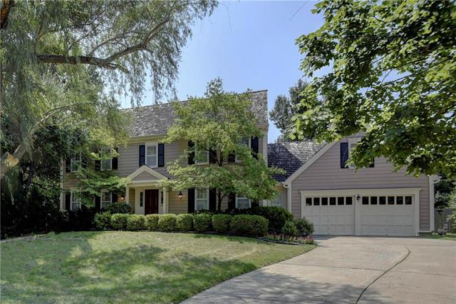 11008 Alhambra Street, Leawood, KS 66211 (#2110524) :: Edie Waters Network