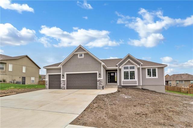 1202 Ridge Tree Lane, Pleasant Hill, MO 64080 (#2124921) :: No Borders Real Estate