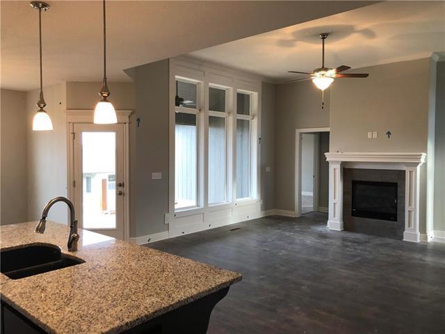 25136 W 148th Terrace, Olathe, KS 66061 (#2125602) :: No Borders Real Estate