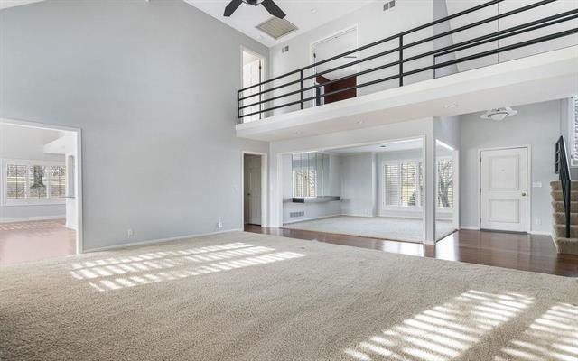 4001 W 124th Terrace, Leawood, KS 66209 (#2131748) :: No Borders Real Estate