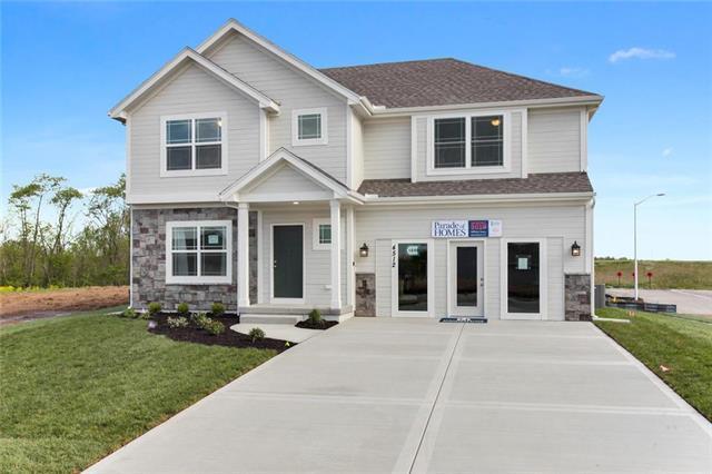 4512 NE 85th Terrace, Kansas City, MO 64156 (#2134954) :: House of Couse Group