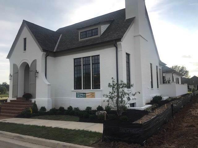 9340 Linden Reserve Drive, Prairie Village, KS 66207 (#2145979) :: Edie Waters Network
