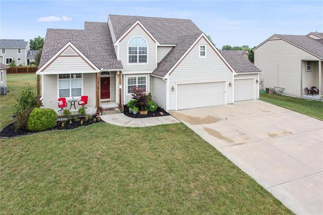 2309 Country Circle, Eudora, KS 66025 (#2147163) :: House of Couse Group