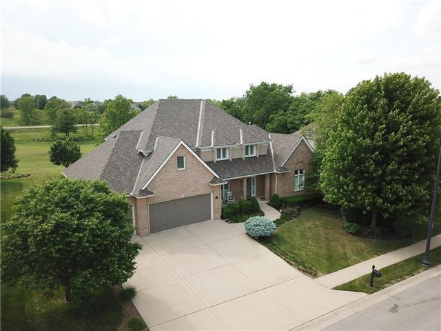 10124 N Bradford Avenue, Kansas City, MO 64154 (#2152668) :: Eric Craig Real Estate Team