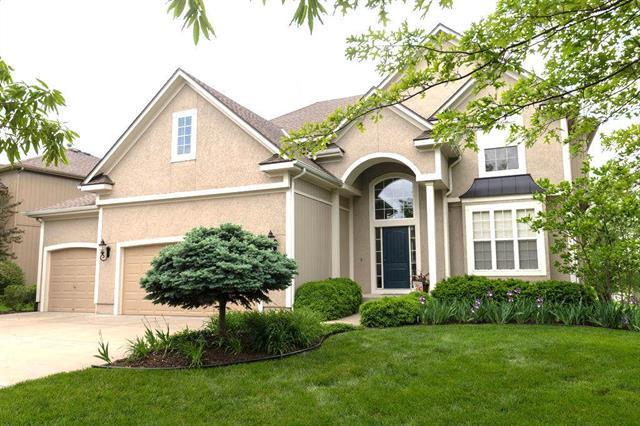 15305 W 165TH Street, Olathe, KS 66062 (#2153955) :: House of Couse Group