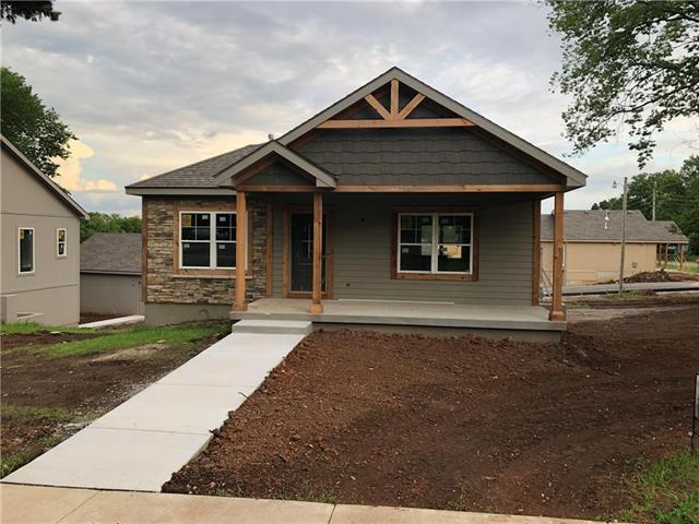 33245 W 84th Street, Desoto, KS 66018 (#2158439) :: House of Couse Group