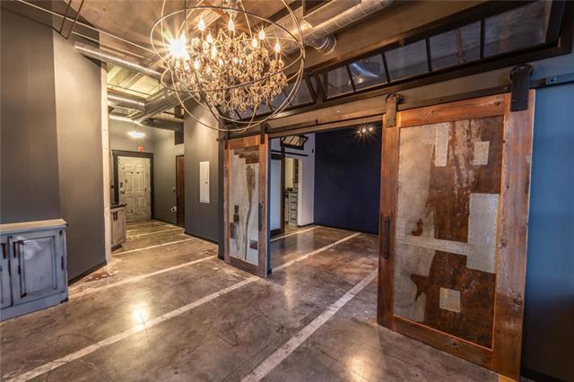 2029 Wyandotte Street #406, Kansas City, MO 64108 (#2169636) :: Clemons Home Team/ReMax Innovations