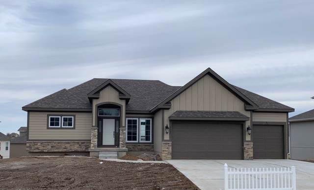 2137 Foxtail Drive, Kearney, MO 64060 (#2184176) :: Eric Craig Real Estate Team