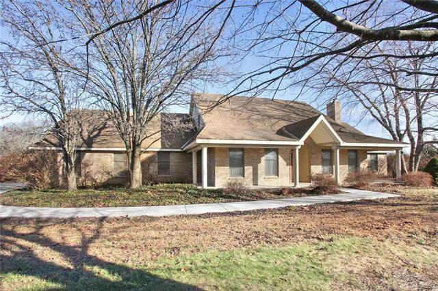 1962 N 500 Road, Baldwin City, KS 66006 (#2199857) :: House of Couse Group