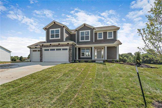 12175 S Quail Ridge Drive, Olathe, KS 66061 (#2217977) :: Dani Beyer Real Estate