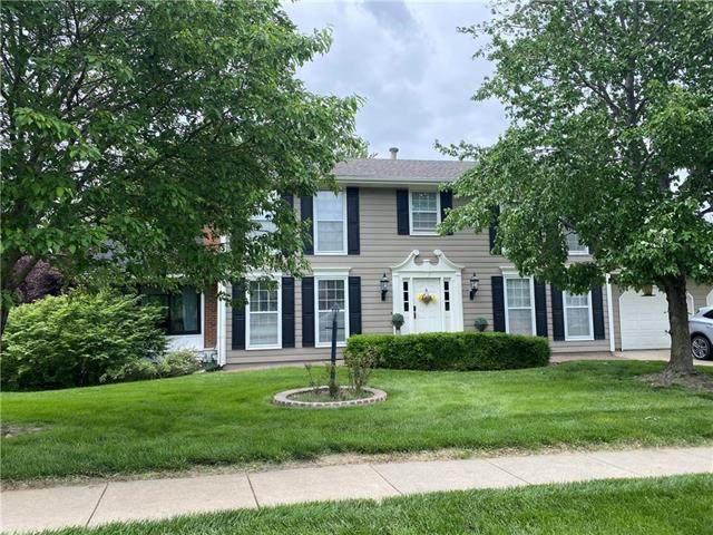 4705 Woodfield Drive, St Joseph, MO 64506 (#2221186) :: House of Couse Group