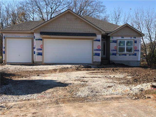 19709 W 198th Court, Spring Hill, KS 66083 (#2242423) :: House of Couse Group