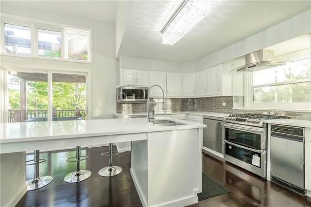 4503 W 126th Street, Leawood, KS 66209 (#2258074) :: Five-Star Homes