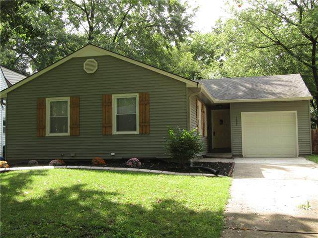 7522 Locust Street, Kansas City, MO 64131 (#2337643) :: Tradition Home Group   Compass Realty Group