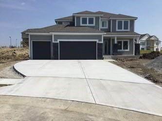 10755 N Fairmount Avenue, Kansas City, MO 64155 (#2341116) :: Tradition Home Group | Compass Realty Group
