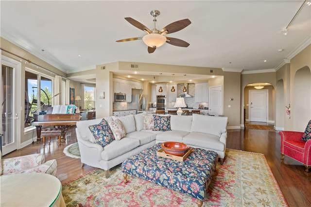 3810 N Mulberry Drive #202, Kansas City, MO 64116 (#2341596) :: Austin Home Team