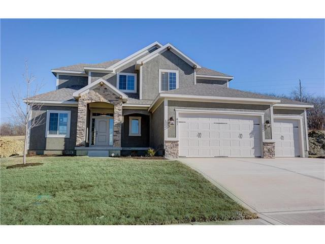 847 Creekmoor Pond Lane, Raymore, MO 64083 (#2046378) :: Char MacCallum Real Estate Group