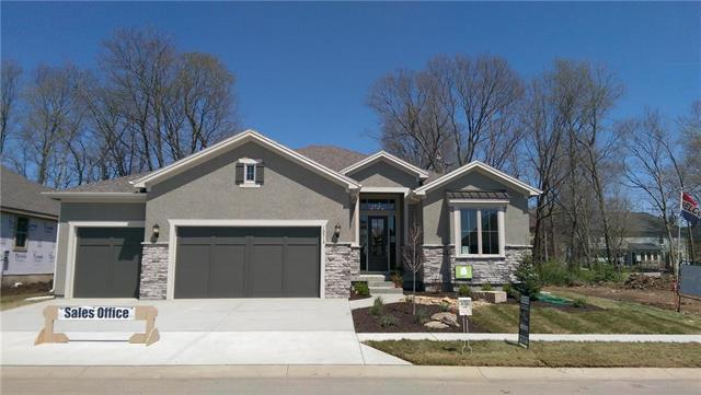 10512 W 132nd Place, Overland Park, KS 66213 (#2072170) :: The Shannon Lyon Group - ReeceNichols