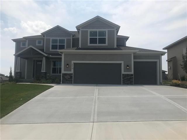 20319 W 79th Terrace, Shawnee, KS 66218 (#2079623) :: Edie Waters Network