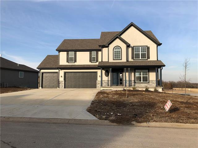 25124 W 148th Terrace, Olathe, KS 66061 (#2087480) :: Edie Waters Network
