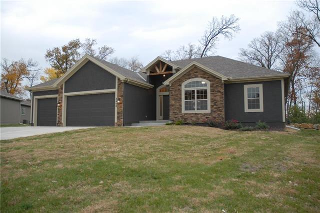 3408 NE 79th Terrace, Kansas City, MO 64119 (#2089052) :: No Borders Real Estate