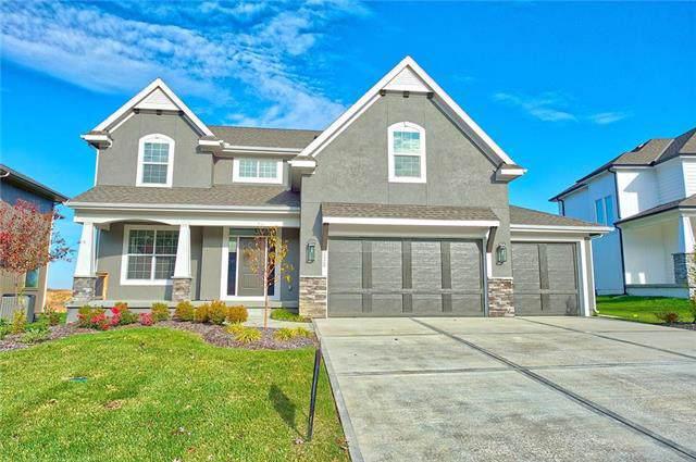 2420 W 180th Street, Overland Park, KS 66085 (#2092081) :: Eric Craig Real Estate Team