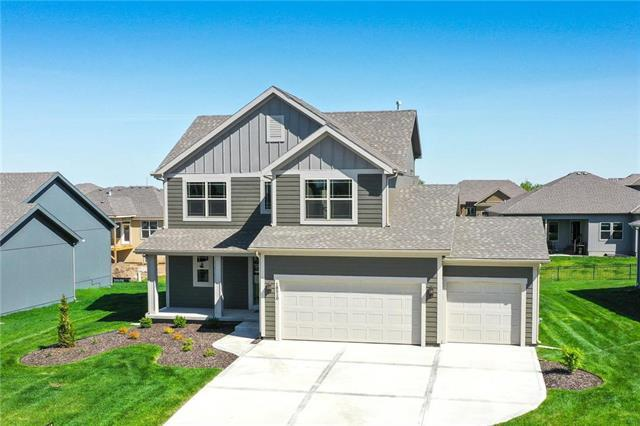 18510 W 194th Terrace, Spring Hill, KS 66083 (#2107865) :: House of Couse Group