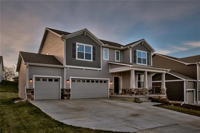 14456 S Houston Street, Olathe, KS 66061 (#2140934) :: House of Couse Group