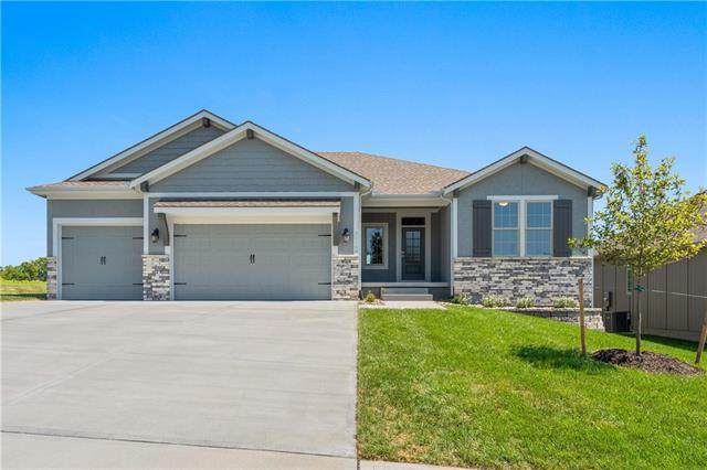 22500 S Lincoln Street, Spring Hill, KS 66083 (#2191545) :: Ron Henderson & Associates