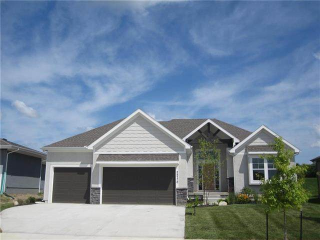 25770 W 96 Street, Lenexa, KS 66227 (#2194573) :: Jessup Homes Real Estate | RE/MAX Infinity