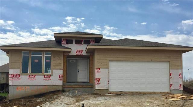 25349 W 83rd Terrace, Lenexa, KS 66227 (#2205486) :: Audra Heller and Associates