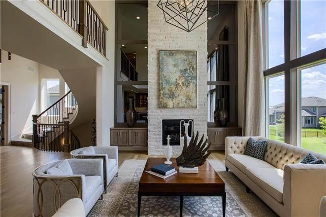 15637 Delmar Street, Overland Park, KS 66224 (#2207458) :: Ron Henderson & Associates