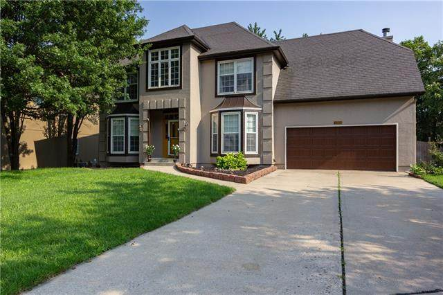 10809 W 128th Place, Overland Park, KS 66213 (MLS #2328377) :: Stone & Story Real Estate Group