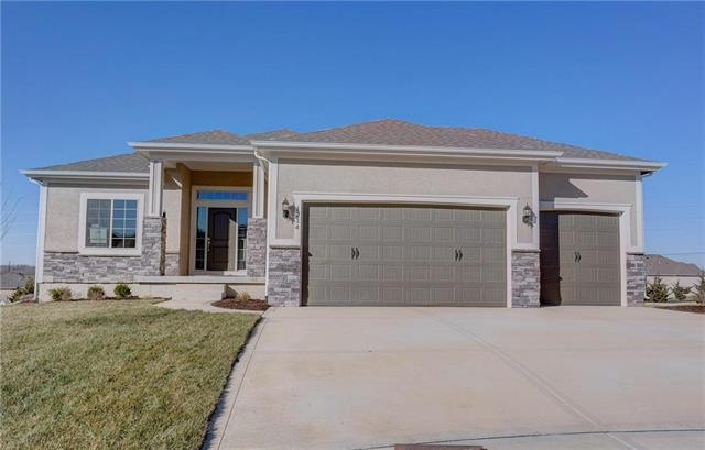 1214 Cothran Court, Raymore, MO 64083 (#2028553) :: Edie Waters Network