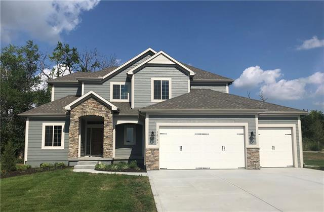 14797 S Turnberry Street, Olathe, KS 66061 (#2058657) :: House of Couse Group