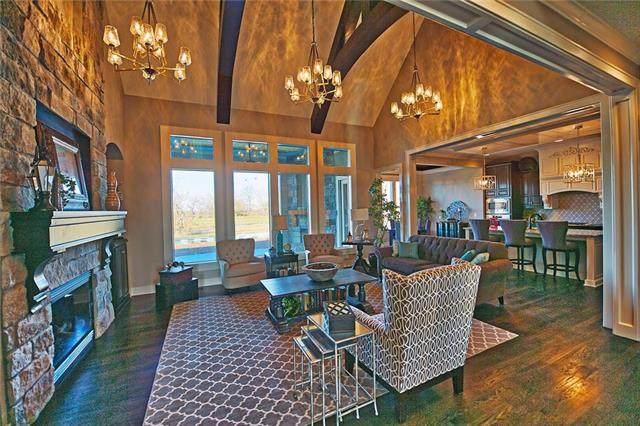 17520 W Manor Street, Overland Park, KS 66085 (#2059889) :: Team Real Estate