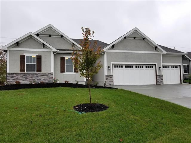 8117 SE 5th Street, Blue Springs, MO 64014 (#2099988) :: Char MacCallum Real Estate Group
