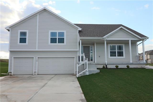700 Emily Avenue, Belton, MO 64012 (#2105505) :: Eric Craig Real Estate Team
