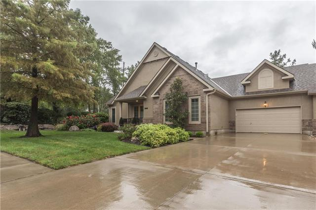 7205 Legler Street, Shawnee, KS 66217 (#2129289) :: House of Couse Group