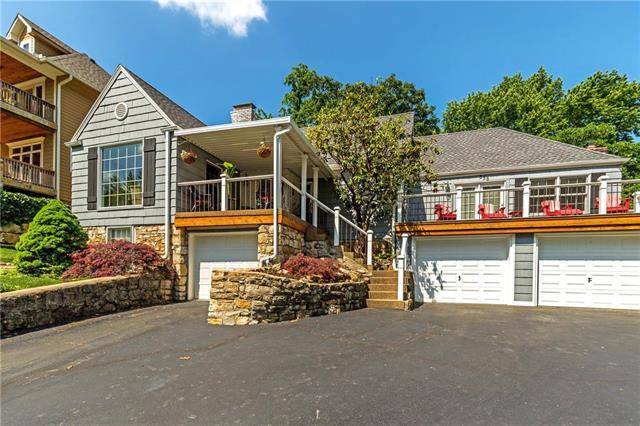 358 Terrace Trail, Lake Quivira, KS 66217 (#2150783) :: House of Couse Group