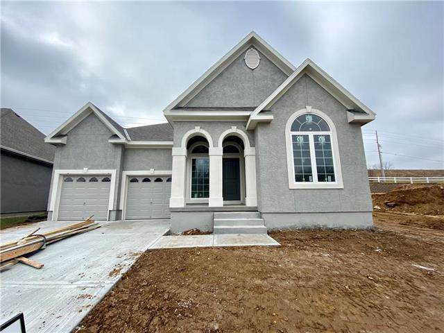 627 Rosewood Court, Liberty, MO 64068 (#2186173) :: Clemons Home Team/ReMax Innovations