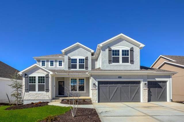 16558 S Woodstone Drive, Olathe, KS 66062 (#2320368) :: Five-Star Homes