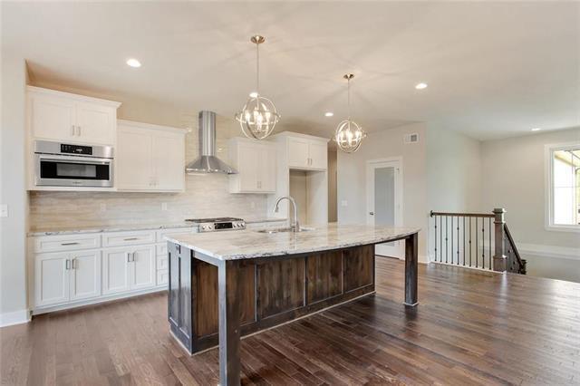 1531 N 3rd Street East Street, Louisburg, KS 66053 (#2092640) :: Char MacCallum Real Estate Group