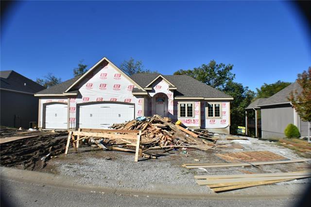 2513 SE Ridge Line Drive, Blue Springs, MO 64014 (#2126039) :: Char MacCallum Real Estate Group